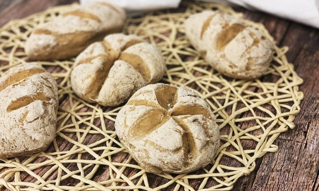Brot (glutenfrei, hefefrei, kohlenhydratreduziert, milchfrei, sojafrei, vegan)
