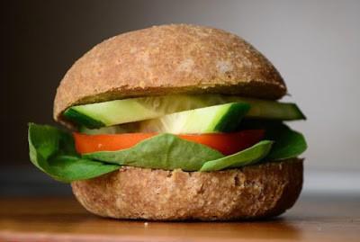 Brötchen (eifrei, glutenfreie, hefefrei, kohlenhydratreduziert, milchfrei, sojafrei, vegan, Paleo)