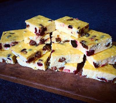Einfacher Vanille-Topfencreme-Kuchen (glutenfrei, kohlenhydratreduziert, milchfrei, ohne Zuckerzusatz)