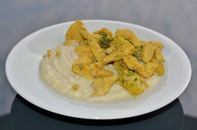Brokkoli Hähnchenbrust/oder Fisch mit Curry-Kokosmilch (glutenfrei, milchfrei, Paleo)