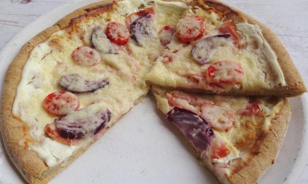 Pizza aus Hafermehl (glutenfrei, hefefrei, kohlenhydratreduziert, milchfrei, sojafrei)