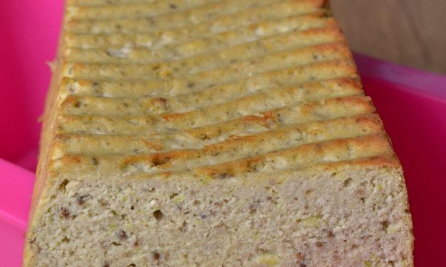 Weißbrot mit nur 3 g Kohlenhydraten (glutenfrei, hefefrei, kohlenhydratreduziert, milchfrei, ohne Zuckerzusatz, sojafrei, Paleo)