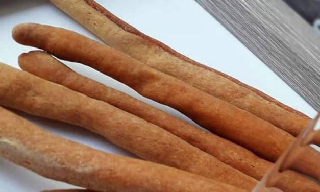 Knusprige Stangerl  (Ballaststoffgehalt reduziert, eifrei, fettarm, glutenfrei, milchfrei, vegan)
