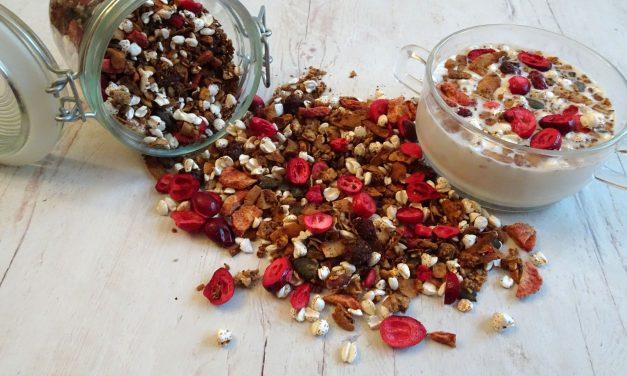Glutenfreies, knuspriges Granola (milch-, sojafrei, ohne zugefügten Zucker, vegan)